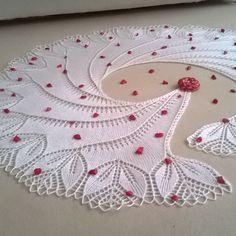 #siparisalinir #siparişler #siparis #elemeği #elişi #göznuru #handmade #instaknitting #örgü #örgüörmeyiseviyorum #sunumonemlidir  #sunumduragi  #sunumduragihobi #crochetlove #crochê #crocheting #crochetcushion #crochetaddict #handcraft #handcrafted #instacrochet #häkeln #virka #crochetersofinstagram #doilies #doily # by suzan_hobi