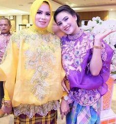 Baju bodo Kebaya Lace, Batik Kebaya, Batik Dress, Lace Dress, Model Kebaya, Kebaya Muslim, Modern Hijab, Batik Fashion, Hijab Dress