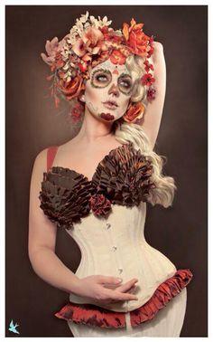 Dead pin up girl Shall We ダンス, Maquillage Sugar Skull, Updo, Photoshoot Idea, Sugar Skull Makeup, Sugar Skulls, Candy Skulls, Catrina Tattoo, Dead Makeup