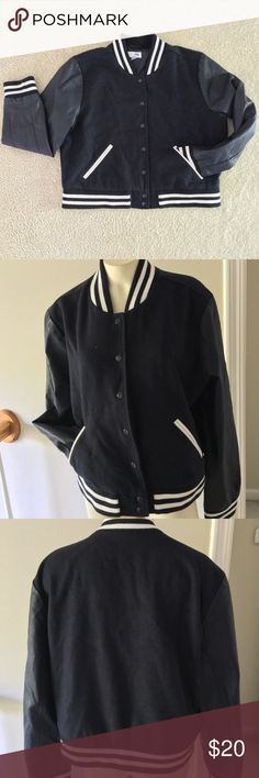 """Varsity Letterman Jacket Very warm Old Navy Fitted XL jacket in excellent condition. Measurements laying flat: Sleeve shoulder to cuff 24.5"""", underarm to underarm 24"""". Front center, collar to hem 18"""".  Underarm to wrist 17"""". Back center collar to hem 21"""", striped collar 2"""". Re-posh, I have not worn the jacket.✨ Old Navy Jackets & Coats"""