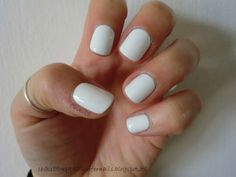 CHIKI88...  my passion for nails!: Le review del martedì: Snow me white - Sinful Colo...
