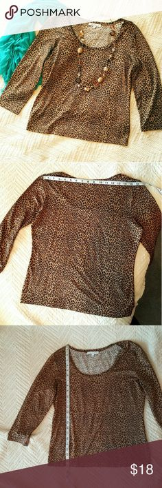 Karen Kane top Stunning cheetah print to bring out your wild side! Great for dressing up or down, or pattern mixing. Like new. Karen Kane Tops Blouses