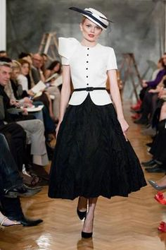 modest and elegant outfit by Vassilis Zoulias Collar And Cuff, Elegant Outfit, Modest Fashion, Catwalk, Lace Skirt, Collars, Black And White, Skirts, Cuffs