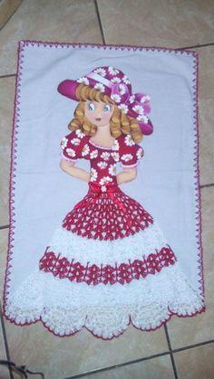 Pano de Prato pintado com crochê Crotchet Patterns, Crochet Stitches Patterns, Thread Crochet, Stitch Patterns, Needle And Thread, Crochet Doll Dress, Crochet Clothes, Ribbon Work, Fabric Painting