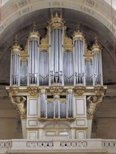 Organ at the Église Saint-Louis des Invalides, Paris