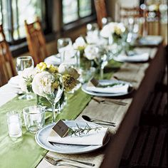 Love this- use the burlap as a table cloth- then use the green over !!!  Haley's colors!!