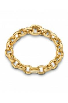 Hand-crafted in 18k yellow gold, this is a timeless design by Monica Rich Kosann . Heavy polished links are highlighted by one pave diamond link in the middle. Thi...