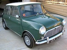 1964-Austin-Mini-Cooper Maintenance/restoration of old/vintage vehicles: the material for new cogs/casters/gears/pads could be cast polyamide which I (Cast polyamide) can produce. My contact: tatjana.alic@windowslive.com