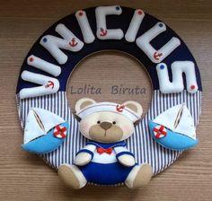Guirlanda de feltro e tecido com tema ursinho marinheiro