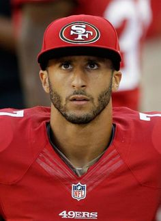Colin Kaepernick headphones | Beats Headphones cost Colin Kaepernick a lot - I4U News