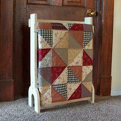 Primitive Quilt Rack Free Standing Blanket Storage Shabby Chic Linen Rack…