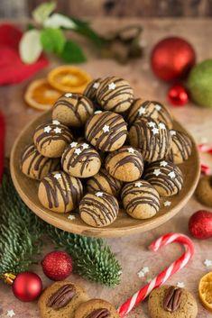 Imádunk sütni - Szilvalekváros puszedli Almond, Beans, Vegetables, Food, Muffin, Essen, Almond Joy, Vegetable Recipes, Muffins