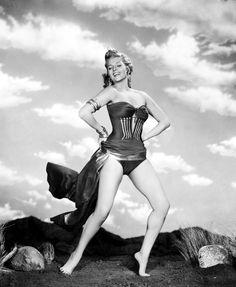 Rita Hayworth 36C-24-36   117lbs