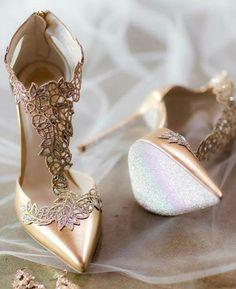 Stiletto #shoes #stiletto #sandals #vanessacrestto #fashion #style
