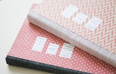 {DIY} Making a notebook Giveaway Upcycled Crafts, Diy And Crafts, Diy Stationery Organizer, Notebook Stationery, Washi, Diy Paper, Paper Crafts, Clothes Crafts, Book Binding