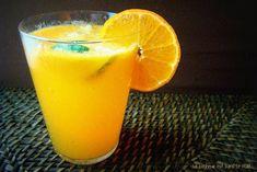 Pétillant de clémentines au citron vert Drink Me, Food And Drink, Pint Glass, Glass Of Milk, Cocktail Drinks, Cocktails, Juice, Beverages, Brunch