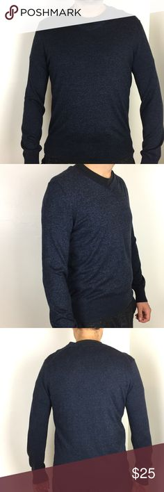 "BANANA REPUBLIC Silk & Cashmere Sweater This sweater is in excellent like new condition! True to size. Heathered blue and black. 75% silk 20% cotton 5% cashmere. 20"" across the chest. 26"" long. Non-smoking pet free home. No marks!                                      🔹suggested user🔹fast shipper🔹                                    🔸bundle to save 20%🔸choose from 300+ items🔸 Banana Republic Sweaters V-Neck"