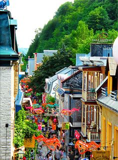 a little street in Quebec, such a beautiful, colorful city! I spent an afternoon there, next time I want to stay for a couple of days. ~ View On Black uma rua em Quebec, cidade linda e colorida! Places Around The World, Oh The Places You'll Go, Travel Around The World, Places To Travel, Places To Visit, Around The Worlds, Quebec Montreal, Quebec City, Montreal Canada