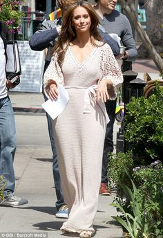 "Jennifer Love Hewitt films ""The Client List"" in a vintage crochet maxi dress (March 2012)"