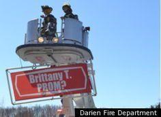 Teen 'Sets The Bar' With Epic Prom Proposal (WATCH) Prom Proposal from a fire truck ladder! Prom Date, Homecoming, Cute Prom Proposals, Dance Proposal, Ask Out, Promposal, Lovey Dovey, 3 In One, Fire Department