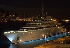 eclipse yacht at bermuda | New! Get thumbnail code to post in forum, blog or homepage Full Screen ...