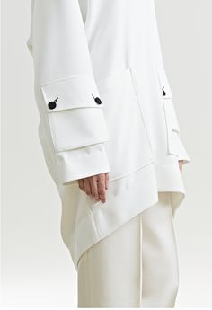 sleeve pocket with button detail Mehr Mode Masculine, Style Casual, My Style, Fashion Details, Fashion Design, Inspiration Mode, Tailored Jacket, Zara Kids, Pocket Detail