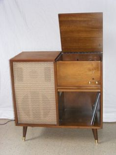 retro record player cabinet $120