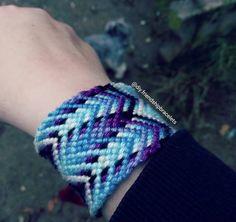 "Selfmade friendshipbracelets (@diy.friendshipbracelets) on Instagram: ""#friendshipbracelets #selfmadebracelets #diy #cotton #pattern #rainbow #plane #colorful"""