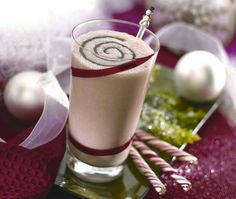 Four ingredients is all it takes to whip up this delicious Christmas beverage: Peppermint Chocolate Frost.