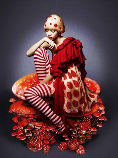 マジョリカ マジョルカのスピンオフ『ユリカナ展』開催! 不思議カワイイ作品たちを初公開中 – オタ女