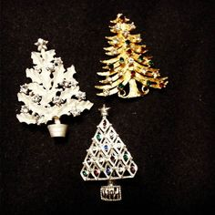 Vintage Eisenberg Ice and Other Signed Holiday Jewelry $25 each  #MercantileM #Andersonville #vintagejewelry
