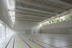 Image 7 of 16 from gallery of Asnières-sur-Seine School Gymnasium / Ateliers O-S architectes. Photograph by Cecile Septet