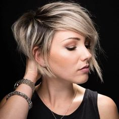 Short Pixie Cuts for Women Over 40 Stylish Short Haircuts for Women After 40 As soon as a woman steps over the frontier, questions arise i., Pixie Cuts for 40 year old women 28 Short Pixie Cuts for Women Over 40 in 2020 - Short Pixie Cuts Bob Haircuts For Women, Short Pixie Haircuts, Short Hair Cuts For Women, Pixie Hairstyles, Hairstyles 2018, Short Hair With Undercut, Bob Haircut With Undercut, Ladies Hairstyles, Layered Haircuts