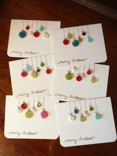 Old buttons into ornament cards ♥