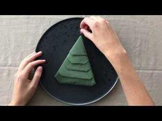 Guide: Fold dine servietter som fine juletræer   Spis Bedre