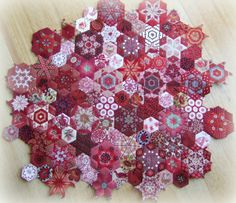 """I completed my first Benjamin Biggs quilt block back in January and it was the 16 """" version that is in the pattern. But since then other bl. Strip Quilts, Scrappy Quilts, Quilt Blocks, Quilting Projects, Quilting Designs, Stitches Wow, Millefiori Quilts, Red And White Quilts, Colorful Quilts"""