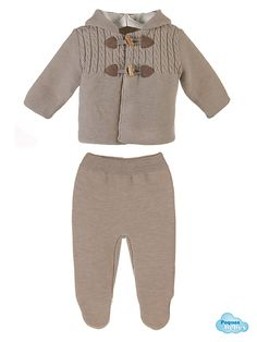 San francisco para bebé de dos piezas , chaqueta y polaina, tejido con doble capa y capota o capucha. http://www.pequesybebes.es/abrigo-san-francisco-buzo-bebe-invierno/478-san-francisco-bebe-chaqueta-polaina-canesu-ochos.html