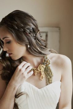 hugely gorgeous necklace by http://www.bhldn.com/  Photography by christaelyce.com