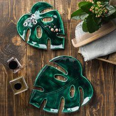 3,563 отметок «Нравится», 41 комментариев — ПОСУДА РУЧНОЙ РАБОТЫ (@fairyware) в Instagram: «Прекрасный зеленый 💚 Такие листочки можно использовать не только для еды, но и для украшений и…»