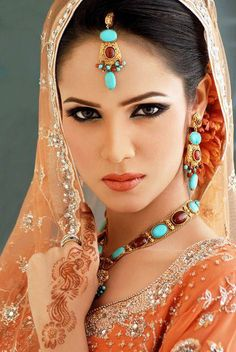 Bridal Makeup and Jewelry ~ its a world of fashion for middle east girls
