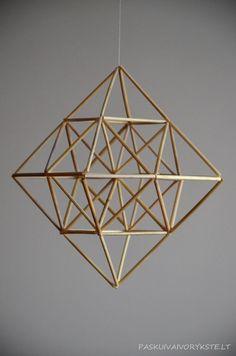 Straw Sculpture, Cardboard Sculpture, Sculpture Art, Geometric Decor, Geometric Shapes, Christmas Crafts For Kids, Christmas Diy, Craft Stick Crafts, Diy And Crafts