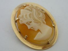 Stunning Vintage Large Designer Gold Cameo Brooch By E. Clewley & Co Silver Jewelry, Fine Jewelry, Cameo Pendant, Gold Brooches, Animal Sculptures, Makers Mark, Vintage Designs, Ceramics, Sterling Silver