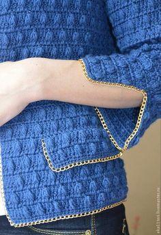 жакет в стиле шанель-4 Black Crochet Dress, Crochet Coat, Crochet Cardigan Pattern, Crochet Jacket, Crochet Clothes, Knitting Designs, Crochet Designs, Diy Crafts Crochet, Sewing Clothes Women