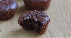 You can eat NINE of these chocolate mini muffins for under 200 calories!!