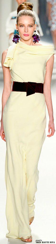 #NYFW Carolina Herrera Fall 2014 RTW http://www.vogue.com/fashion-week/
