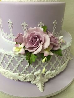 Cake by Greg Cleary using our Moroccan Lattice Silicone Onlay