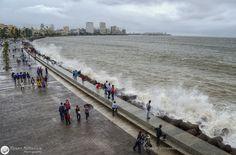 marine drive mumbai in monsoon