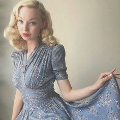 Vintage - All About 1940s Dresses, Cute Dresses, Cute Outfits, Summer Dresses, Party Dresses, 1930s Fashion, Retro Fashion, Vintage Fashion, Club Fashion