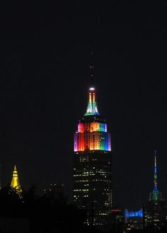 The Empire State Building Was Lit Up Rainbow Colors - BuzzFeed Mobile
