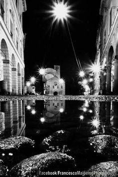 Bologna, Santo Stefano di notte ... foto di Francesco Malpensi Photography https://www.facebook.com/FrancescoMalpensiPhotography
